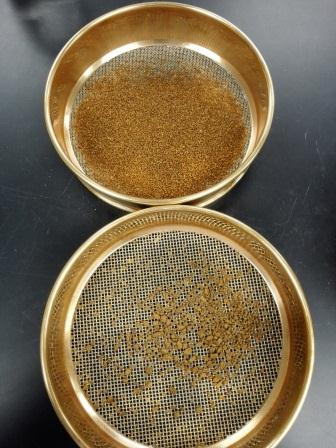 4seiving of animal feed sample